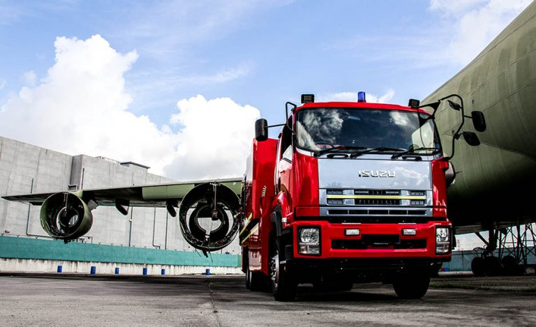 Hook lift foam tender for Changi Airport
